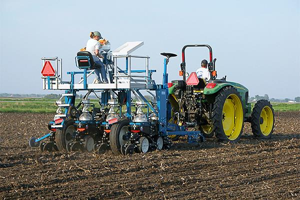 Cone Plot Planter 2 4 6 8 Row Quick Efficient And Accurate